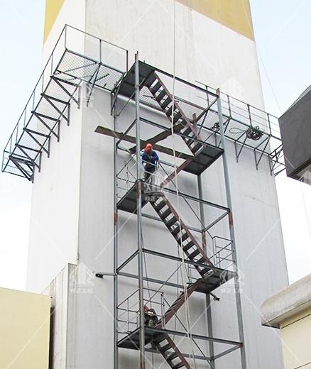 方烟囱安装折梯